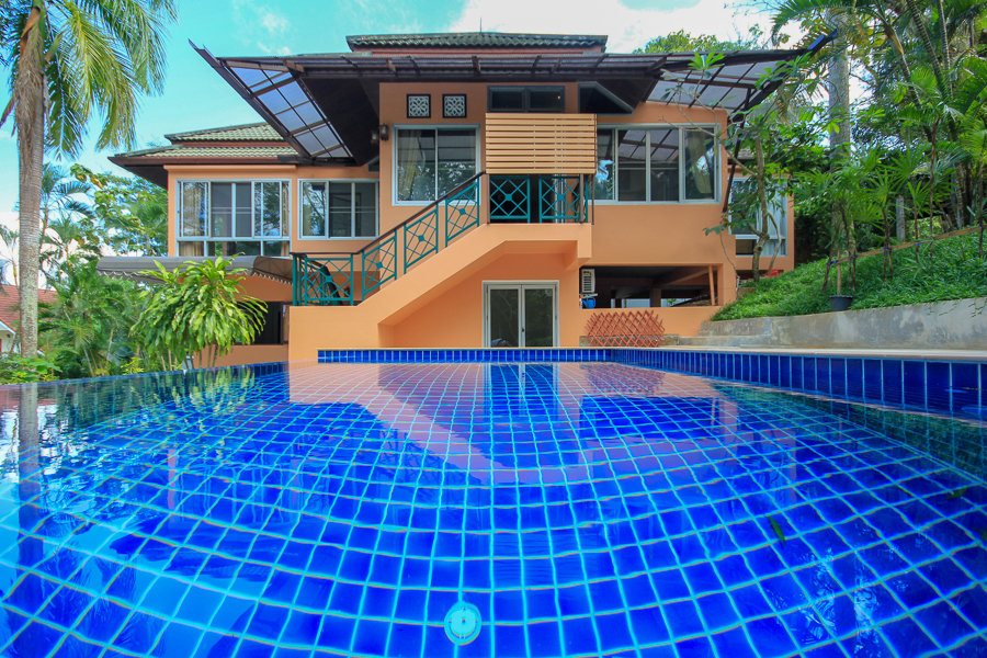 House with Pool by Big Buddha Chalong